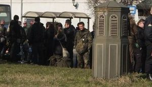 OPERA, KAKO DA NE: Mađarski neonacisti Zagrepčanima vikali - Za dom spremni!