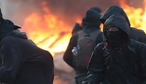 KAOS U FRANKFURTU (VIDEO): Ozlijeđeno više desetaka policajaca, privedeno preko 500 prosvjednika