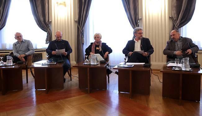 FINIŠ IZBORNE UTRKE: Tko su kandidati za predsjednika Hrvatskog novinarskog društva i što nam nude