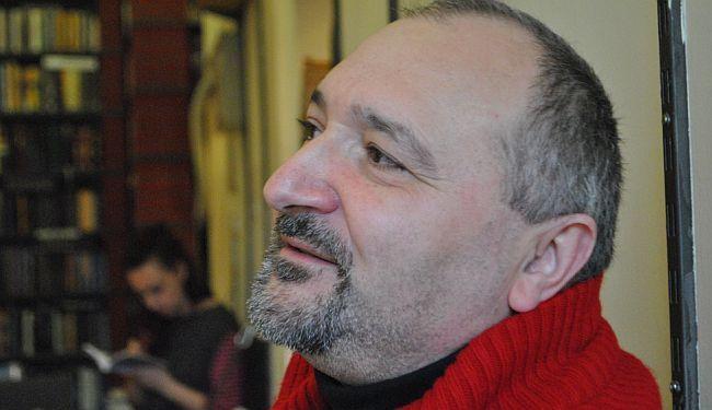 DOKTOR ZA RAJU: Nele Karajlić se pokušao trajno ispisati iz raje, on je i papak i raja