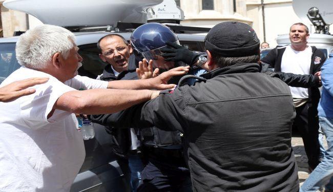 OBMANE UNIFORMIRANIH PROSVJEDNIKA: Policajac kojeg su šatoraši nazvali rehabilitiranim četnikom 1991. imao 3 godine