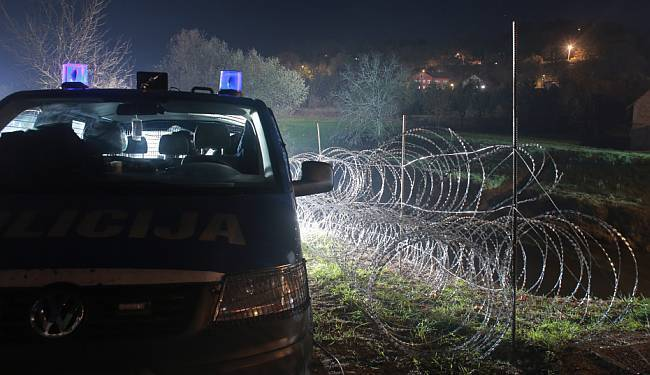 PO ČEMU ĆE SE PAMTITI MIRU CERARA: Slovenska ograda prema Hrvatskoj narasla na skoro 100 kilometara
