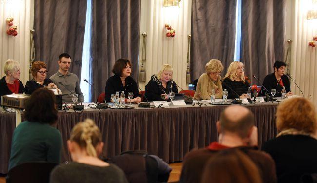 O RAVNOPRAVNOSTI: Čemu služe žene u hrvatskim medijima?