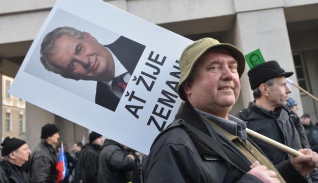 ČEŠKA ZIMA: Boj za demokraciju preko izbjeglica i islama