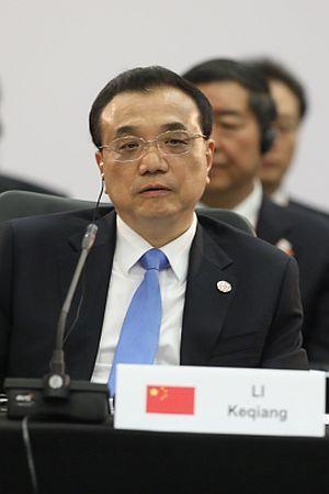 KOMENTAR IVE ANIĆA: Postrojavanje 1. bojne vitez Li Keqiang