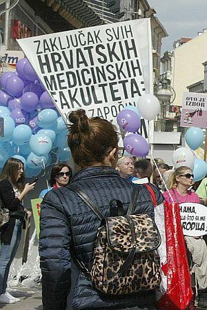 REAKCIJA NA 'HOD ZA ŽIVOT': 'Partikularni interesi ne mogu postati opravdanje za nasilje nad drugim ljudima'