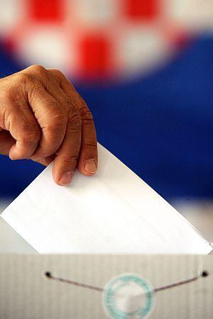 PITALI SMO KANDIDATE EUROPSKIH IZBORA: Zašto da glasamo baš za vas?