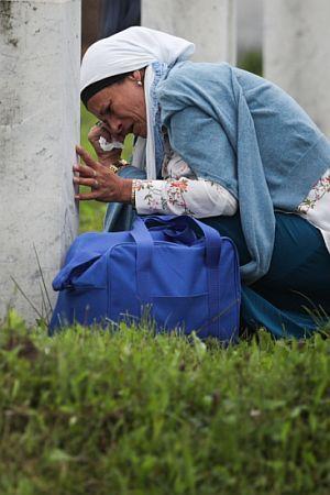OTETO IZ TMINE: Negiranje genocida u Srebrenici pitanje je dobrog odgoja