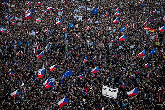 Prosvjedi Baršunasta revolucija