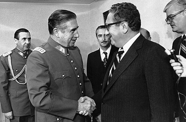 Augusto Pinochet i Henry Kissinger