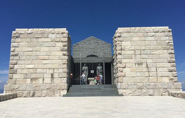 Lovćen - Njegošev mauzolej