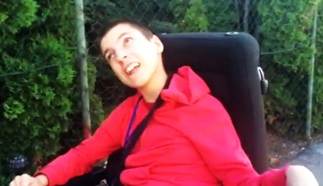 Invalidi s prijateljima s invaliditetom