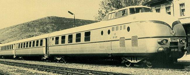 Dizel lokomotiva
