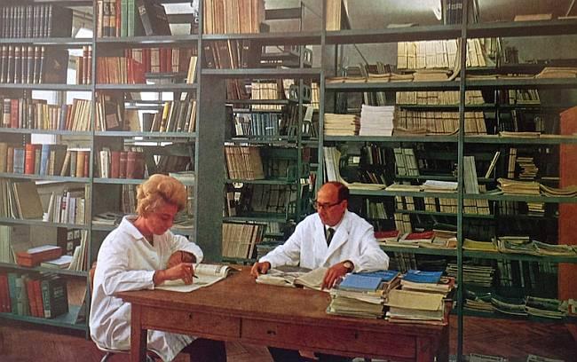 RIZ knjižnica