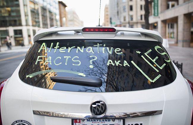 Alternativne činjenice