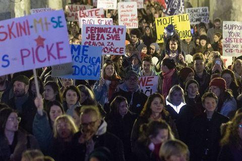 GALERIJA: Ovako je izgledao Noćni marš u Zagrebu i Rijeci, imamo i najbolju poruku dana