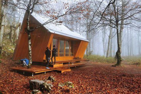 VRHUNSKA ARHITEKTURA U SRCU PLANINE: Upoznajte prekrasna skloništa hrvatskih planina