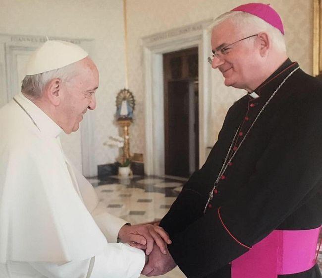 Papa Franjo i nadbiskup Uzinić