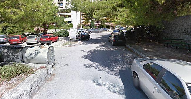 Split 3 parking