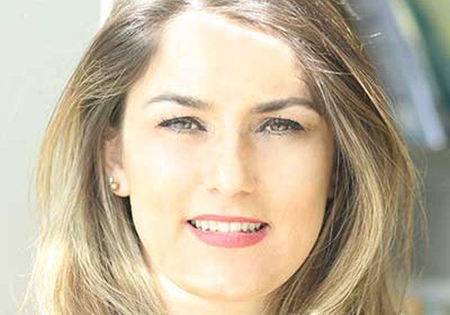 Violeta Zefi