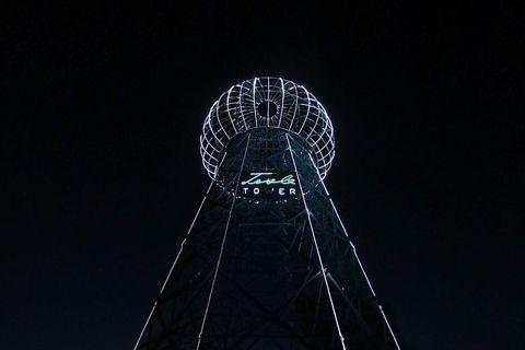 Toranj je visok 30 metara