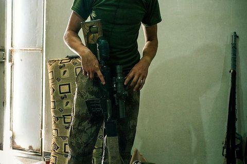 Robin, njemački dobrovoljac koji se u Raki bori na strani YPG-a (Narodnih obrambenih snaga)