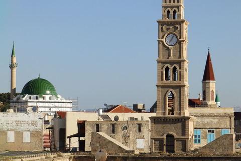 Panorama stare Akre, od 2001. godine upisane na popisu UNESCO-a svjetske baštine, ključno uporište križara na Levantu, prijestolnica propalog Jeruzalemskog kraljevstva do 1291. godine