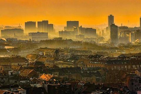 Grad u izmaglici